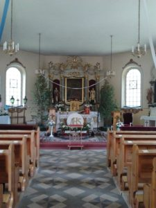 blugowo_church_interior_view