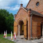 blugowo_church_main_entrance